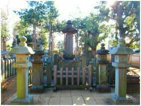 井伊直弼公の墓(東京世田谷、豪徳寺)