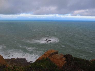 ロカ岬から大西洋を望む