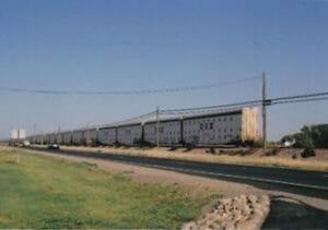 アメリカの貨物列車、とにかく長い