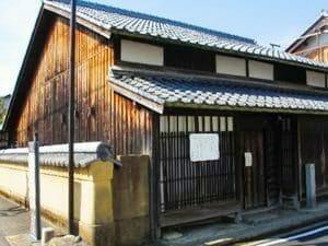 伊賀上野赤坂町の生誕地