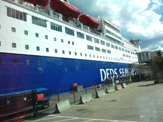 ノルウェーのオスロ港からデンマークのコペンハーゲン