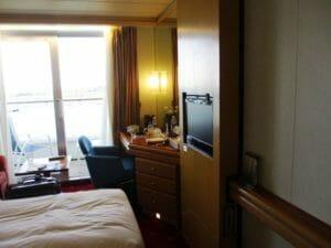 船室は窓のある部屋
