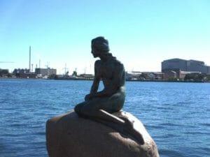コペンハーゲン港 人魚の像